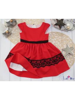 Czerwona sukienka dla dziewczynki na święta